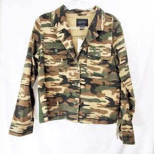 BNWT SANCTUARY Camo Print Shacket Shirt Jacket